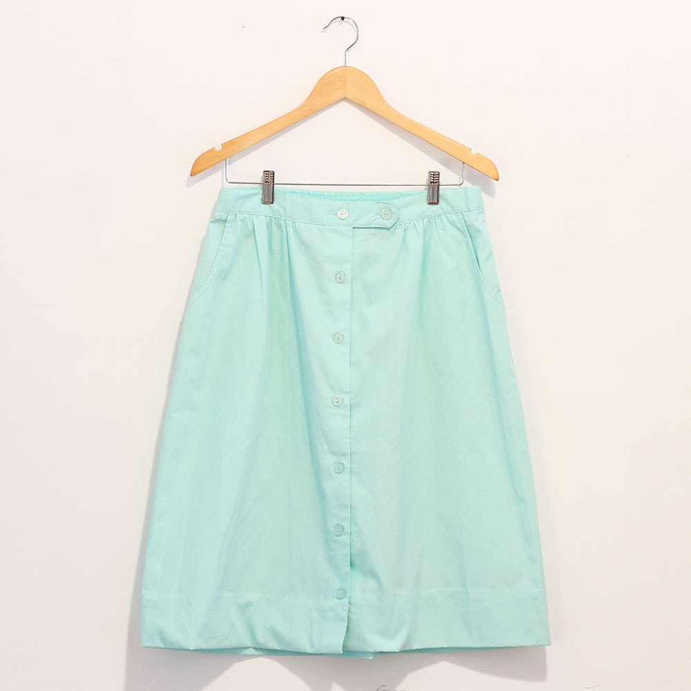 1980s Mint green Button Front Midi Skirt with Tab Closure and Elastic Waist / Light Green Midi A-Line Skirt - icouldrockthat