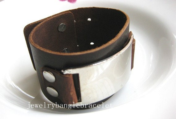 gt; Jewellery > Bracelets > Leather and Metal Hook Bracelet