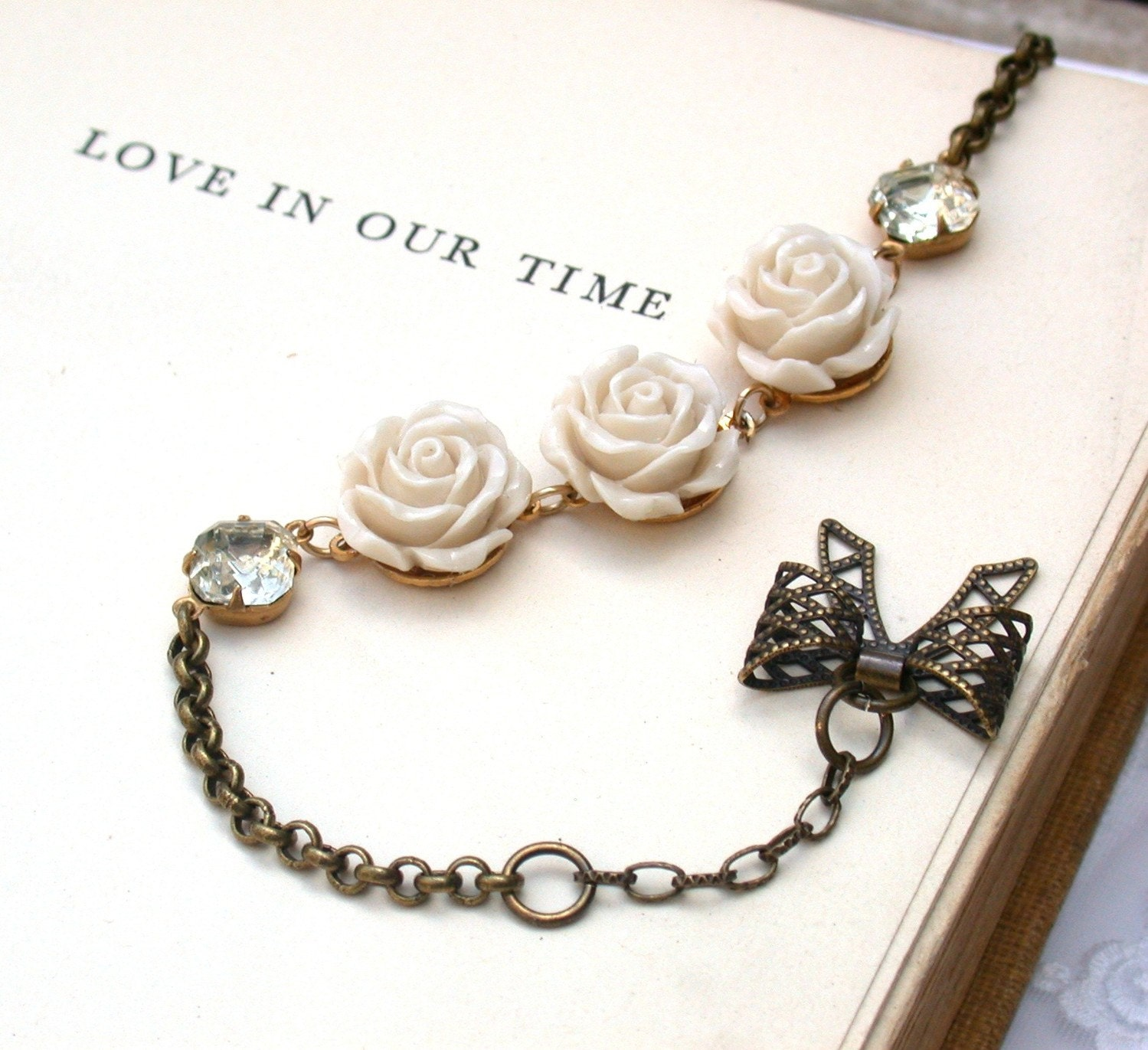 A Vintage Romantic  Glass Clear Crystal Rhinestone And Creamy Roses Bracelet