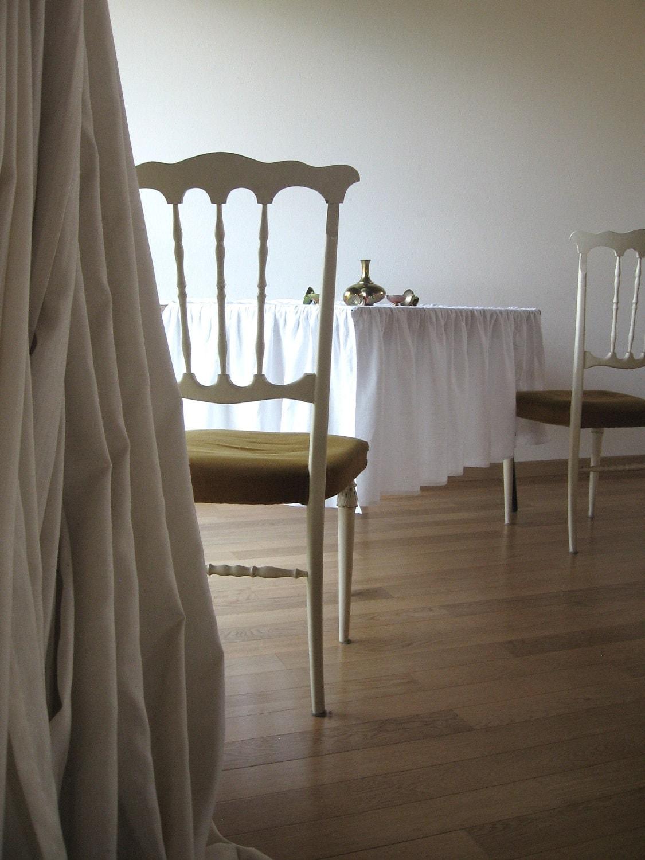 Ruffled linen Tablecloth. Custom color Dreamy tablecloth