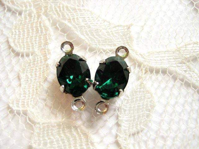 8x6 Swarovski Emerald Vintage Jewel Oval In Silver Settings