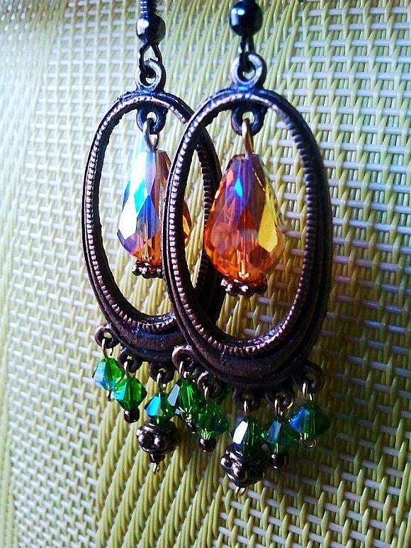 Antiqued Vintage Earrings - Emerald Green and Gold Teardrop Earrings