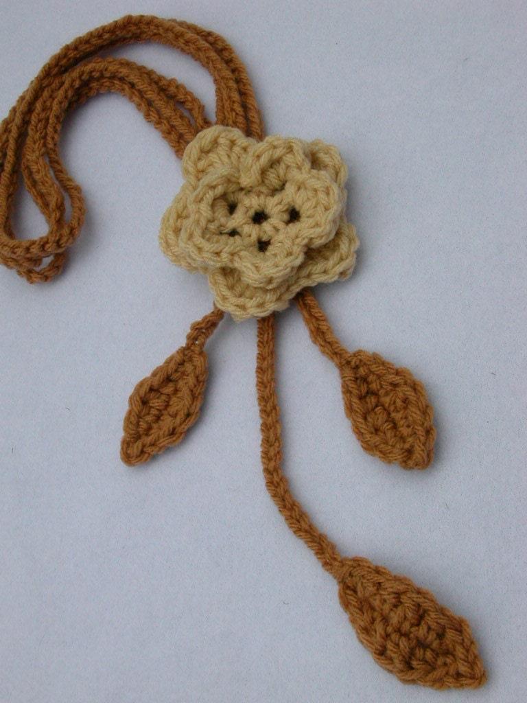 Beige & Camel Crochet Flower Neckpiece Scarf by SandysSundries Crochet Flower Scarves