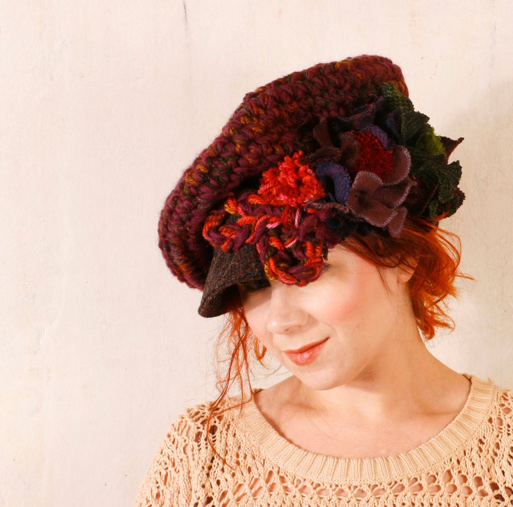 Woman burgundy hat Woman crochet hat Red newsboy hat Woman warm hat Chunky knit hat red Holiday hat Red slouchy hat Winter fashion