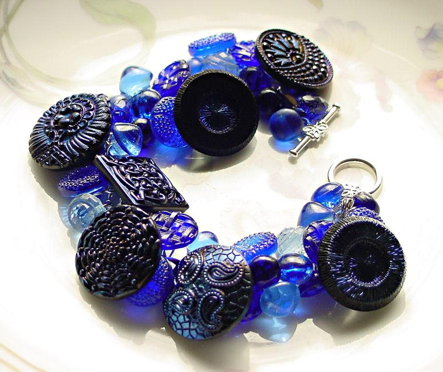 Vintage Button Bracelet Iridescent Cobalt Blue - 2Good2BeThrough
