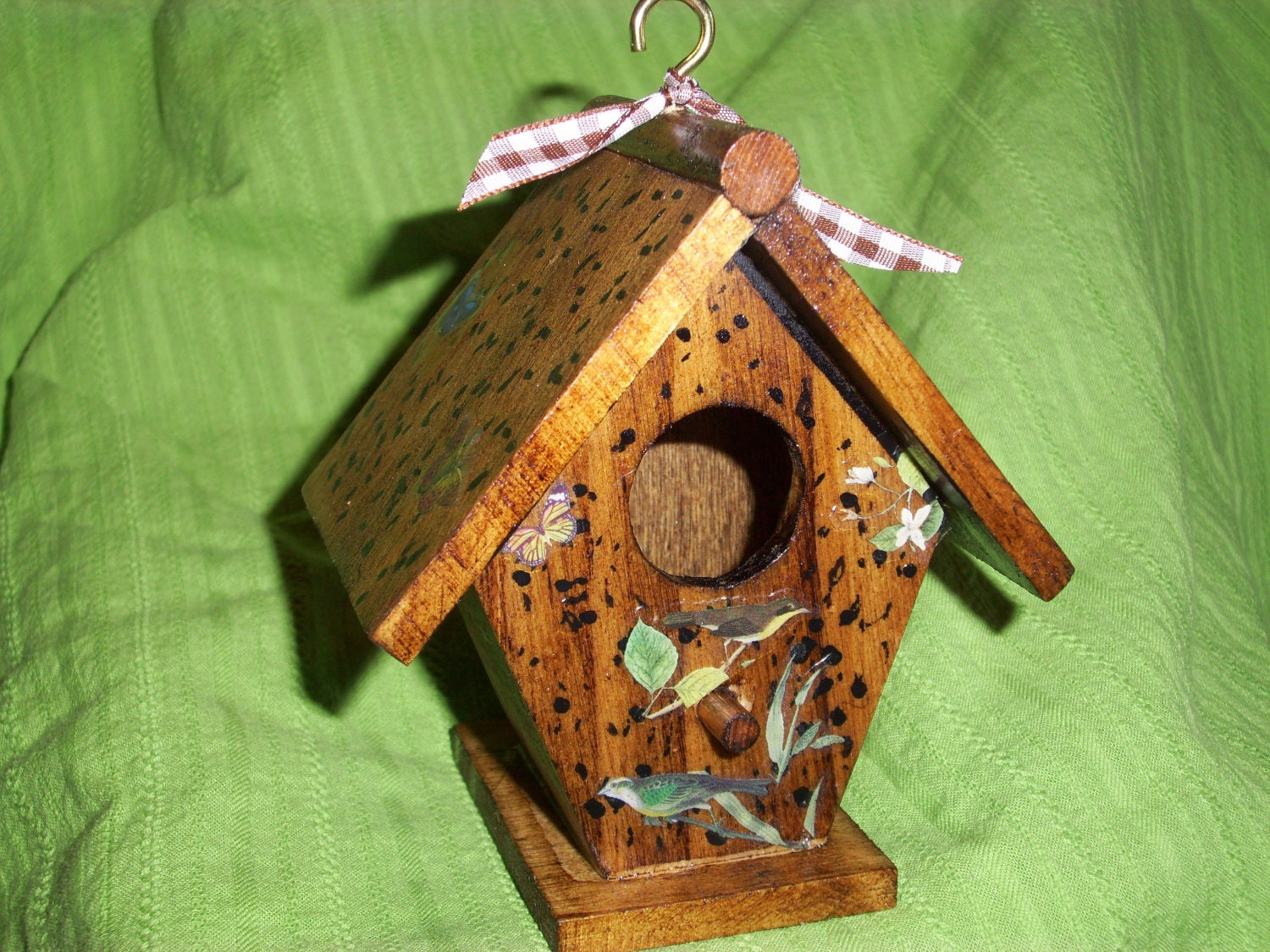 Rustic Bird House made of wood and decorated with birds - ShopOfCraftsByMyrna