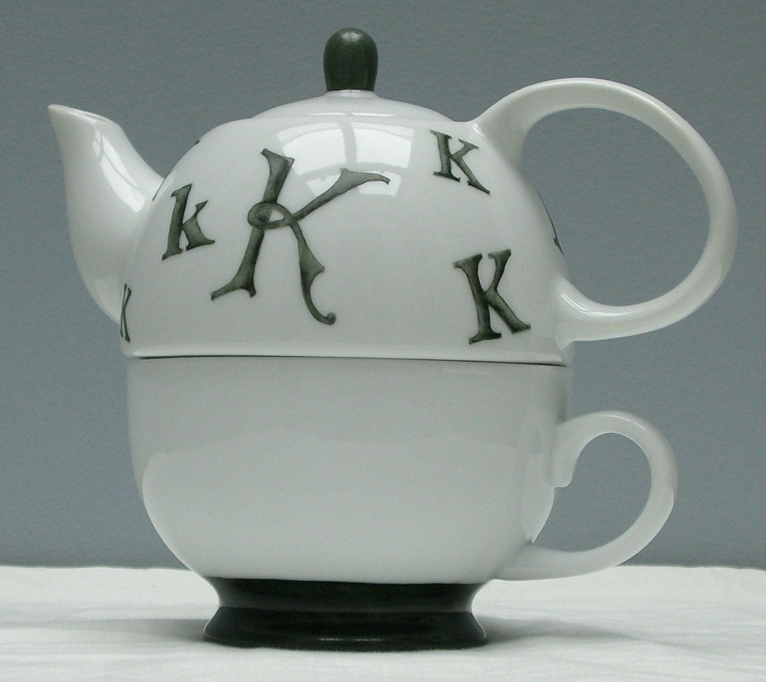 Hand painted porcelain custom  monogrammed personalized tea for one teapot and teacup set