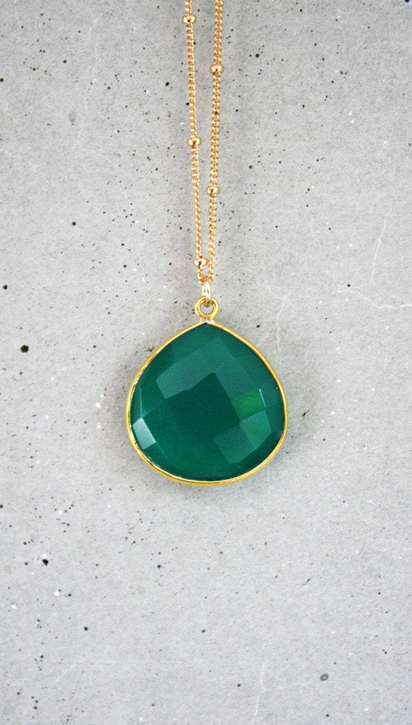Emerald Green Onyx 14k Gold Filled Necklace - shopkei