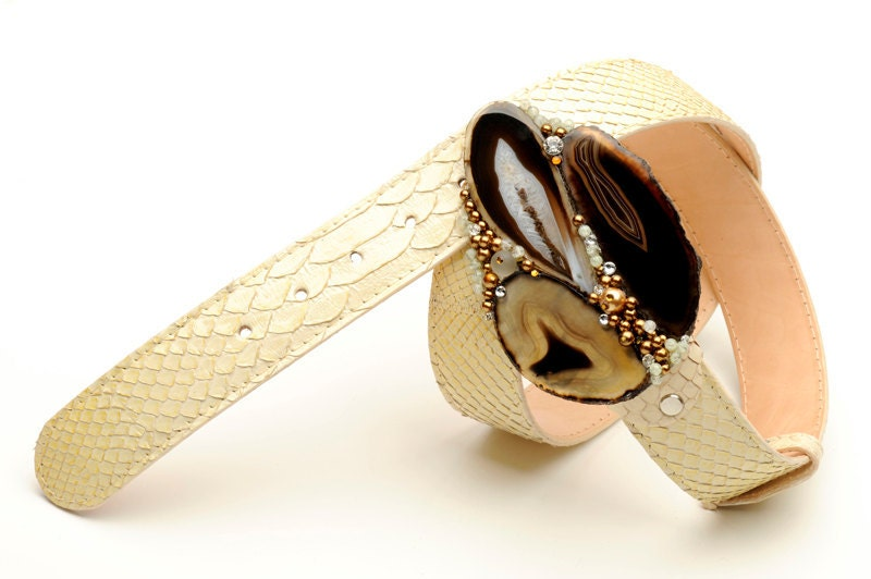 Jeweled belt buckle in brown agate and copper pearls with precious ivory python skin belt
