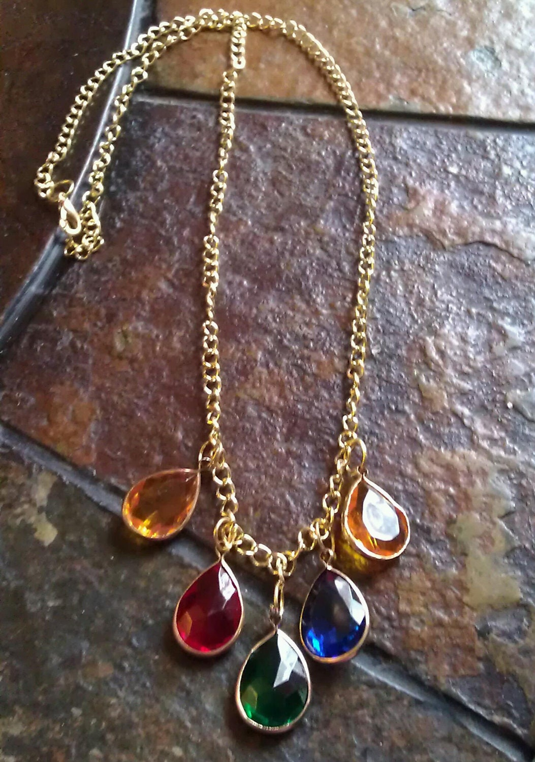 Opulence Lucite Teardrop Chain necklace