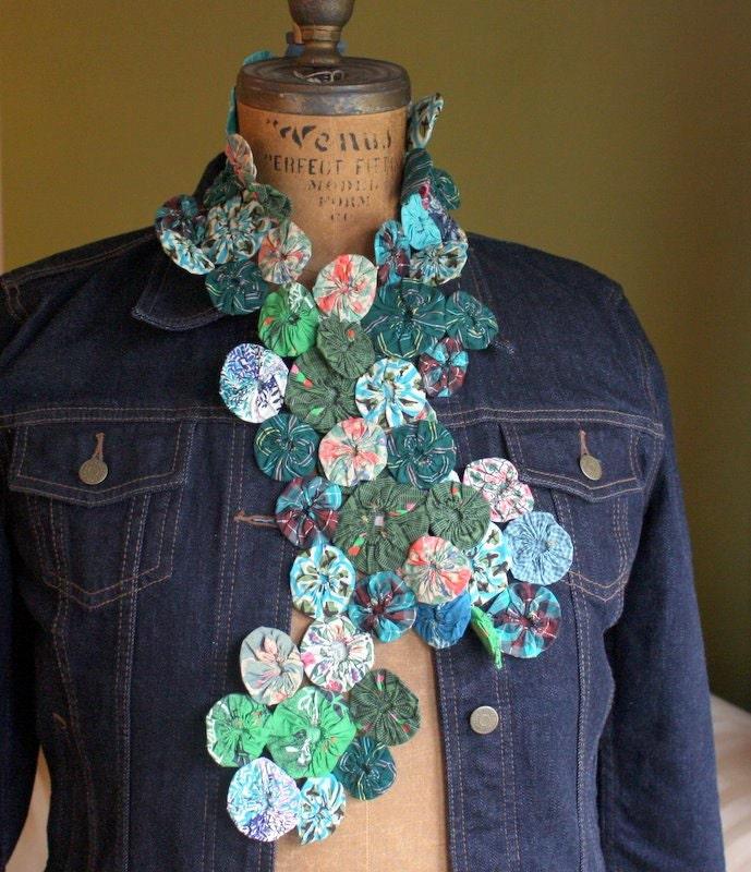 Vintage Quilt Handmade Yoyo Lenço Verde e Aqua Feedsack Tecidos