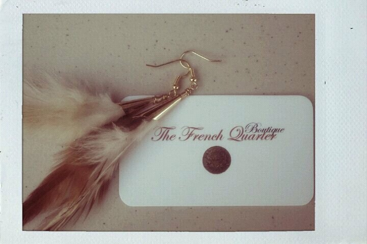 Earring's Feather and Gold