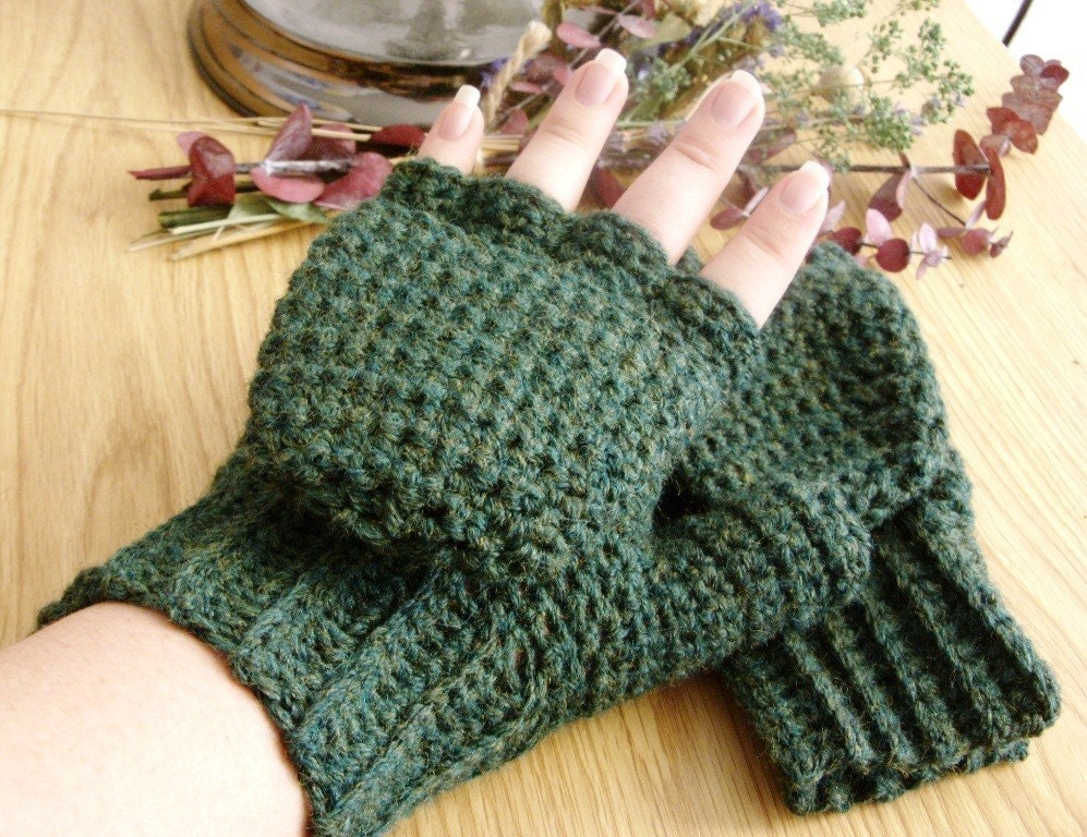Basic Fingerless Mittens - Crochet Me