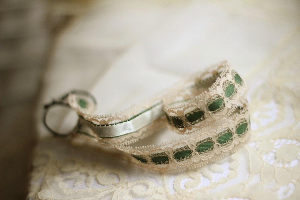 Vintage Wedding Headband Lace Green Cream Color Bridal Headpiece