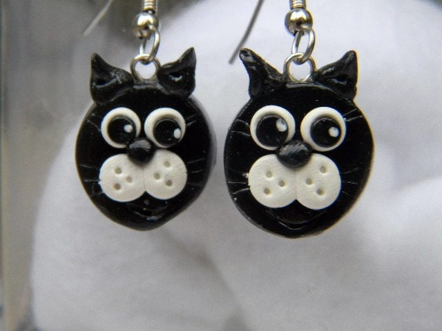 Polymer Clay Cat Earrings - JerisJewelryBox