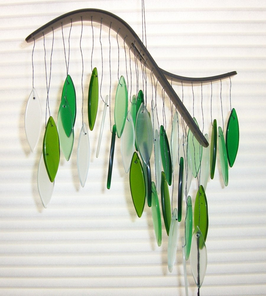 Spring green glass wind chime - gallerybyharvestgold