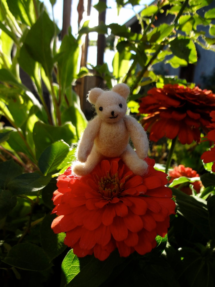 Honey Bear, a Tiny Needlefelted Teddy Bear