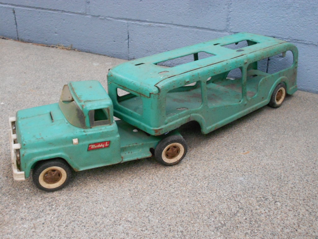 Metal Toy Truck- Buddy L 1950's - AFrugalBoutique