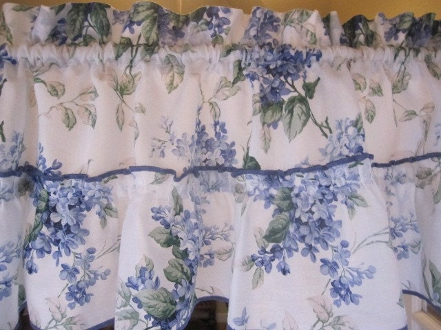 York Kitchen Decorating Theme - The Country Porch: Window Curtains
