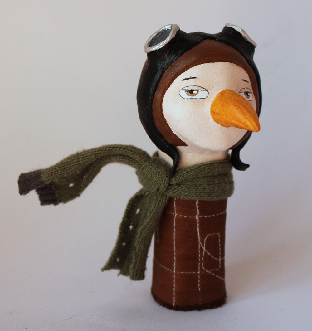 Professional aviator no.1-finger puppet