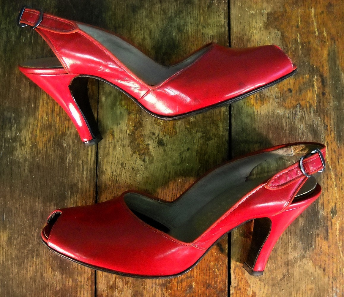 Vintage 40's Red Leather Shoes - Peep Toe - 6