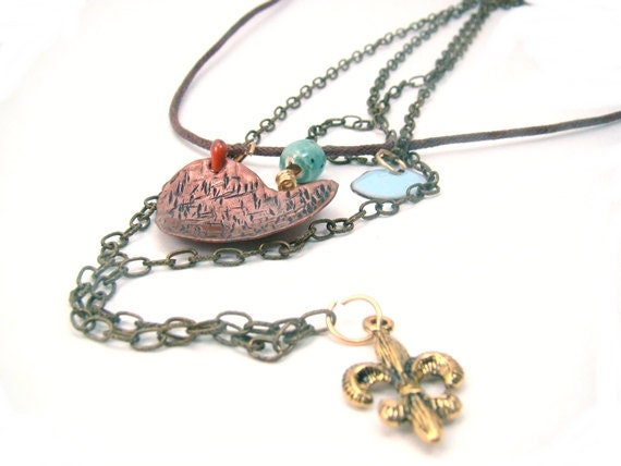 Necklace with heart .Fleur de Liz and circle enameling - CreationsInaru