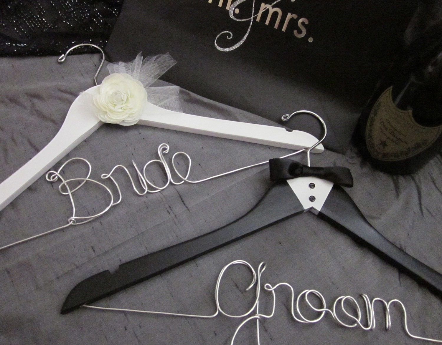 BRIDE & GROOM hanger set