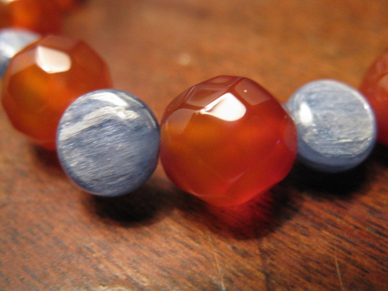carnelian & kyanite bracelet - las81101