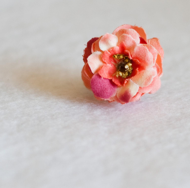 Flower Ring - LenoresSugarAndSpice