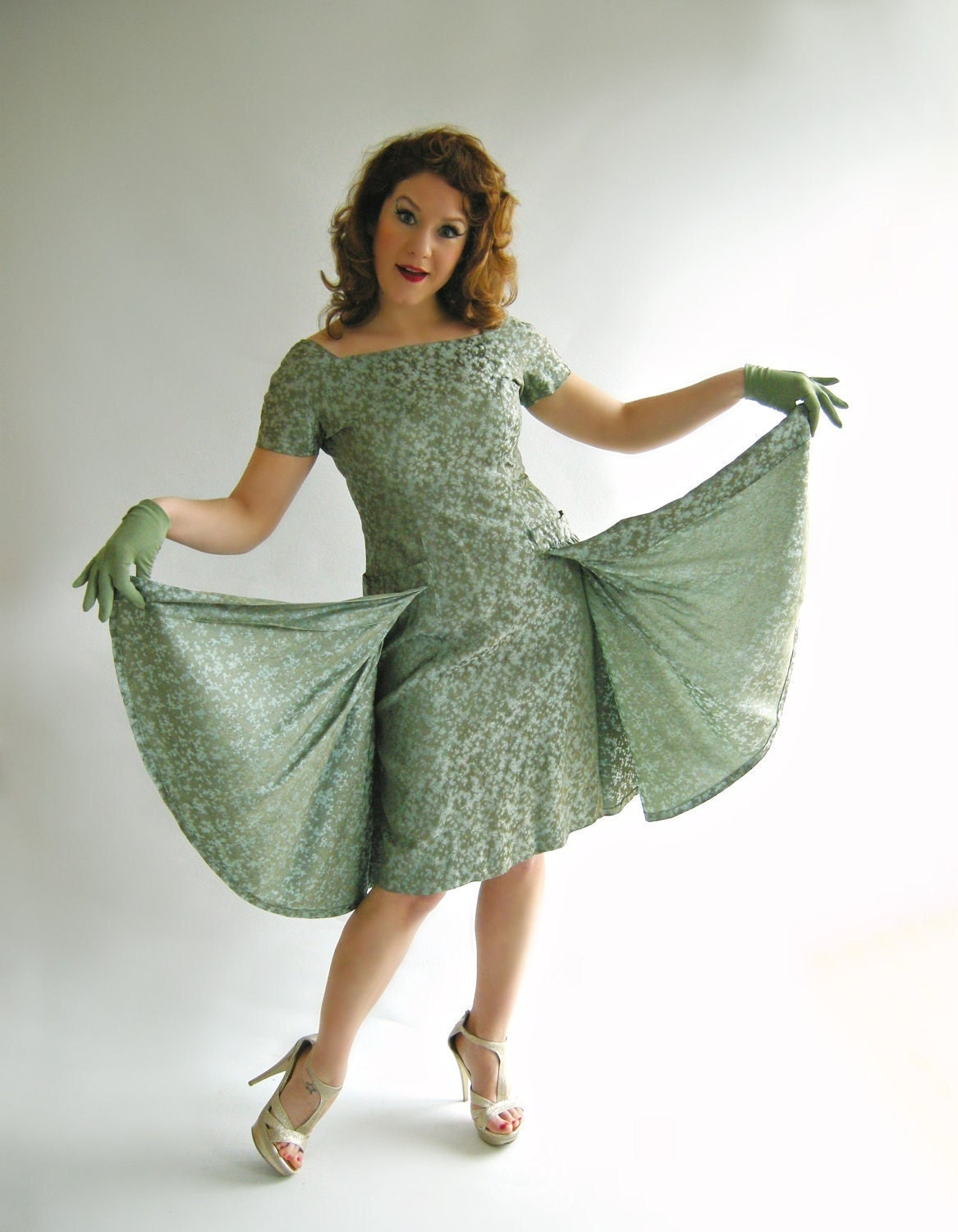 Sage Green Brocade Vintage 1950s Cocktail Dress with Flyaway Panels Fitted Wiggle Bombshell M - empressjade