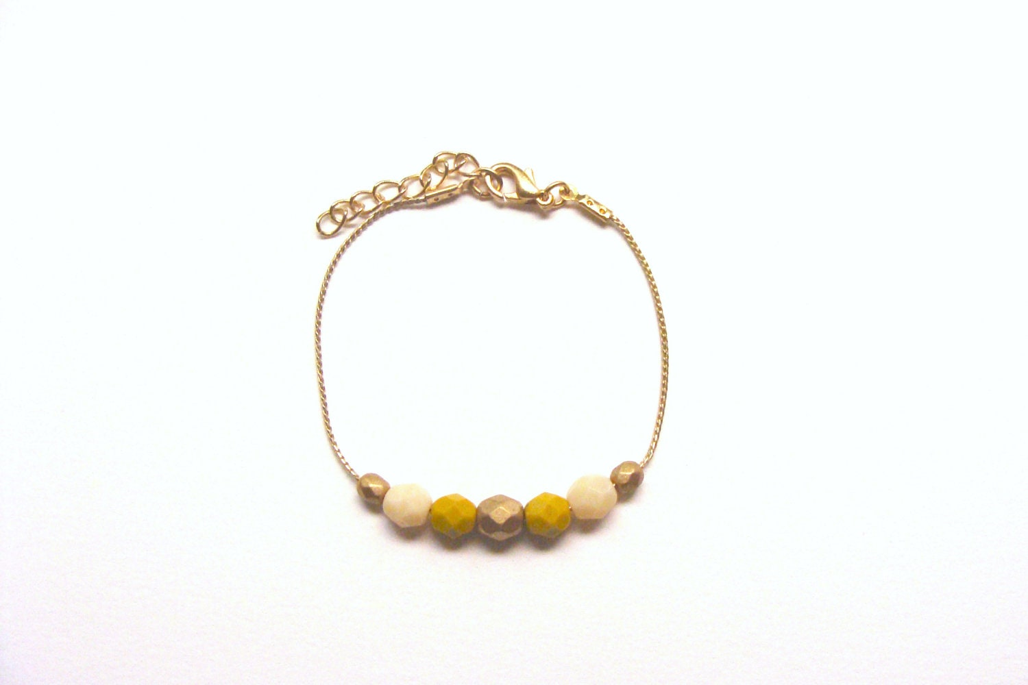 Mustard yellow, gold and ivory minimal geometric bracelet, czech beads in golden chain - faunayflorashop