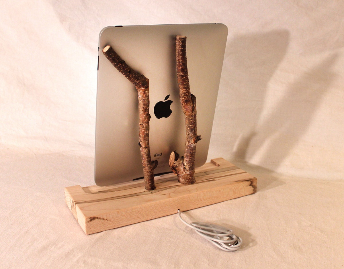 iPad - iPhone - iPod Dock - Charger and Sync Station - Natural - Back to Nature  - iDock -