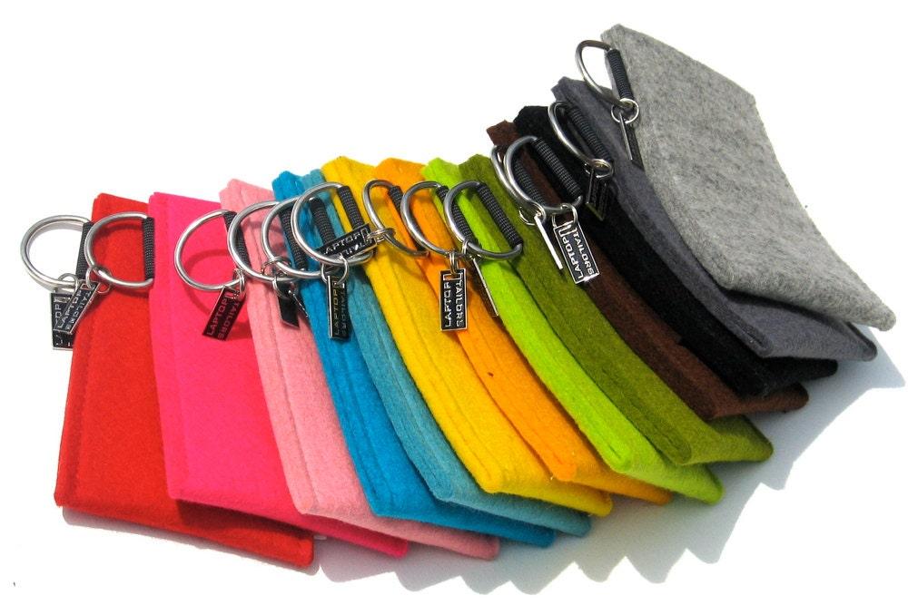 Pochette en feutre 13 couleurs dispo pour iphone 5 à moins de 12 euros