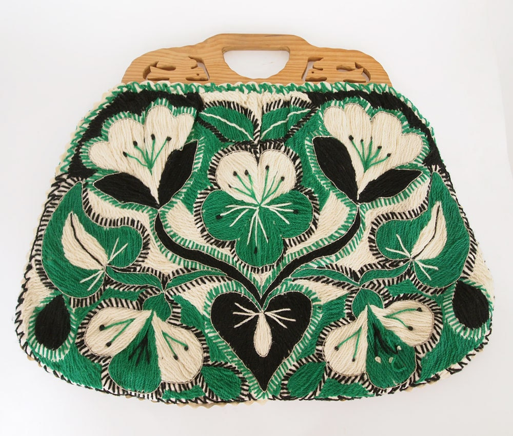 Vintage Green & Black Embroidered Bag with Carved Wooden Handles - Made in Portugal - denisebrain