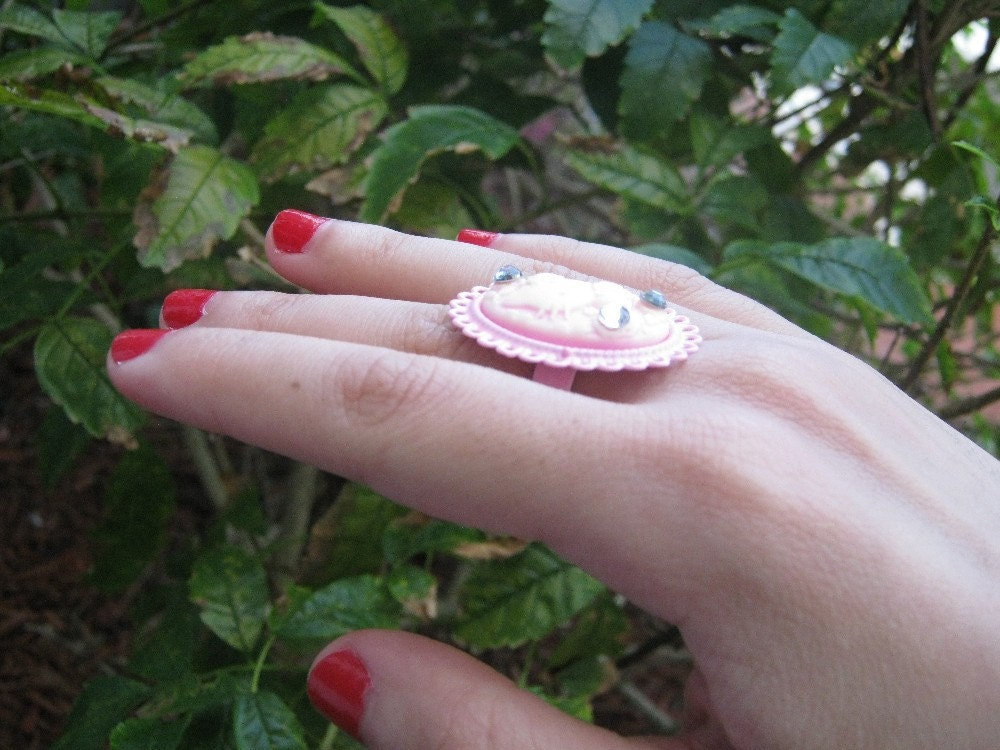 Hello Kitty Classy Pink Cameo Ring with Rhinestones by PinkFrog4U