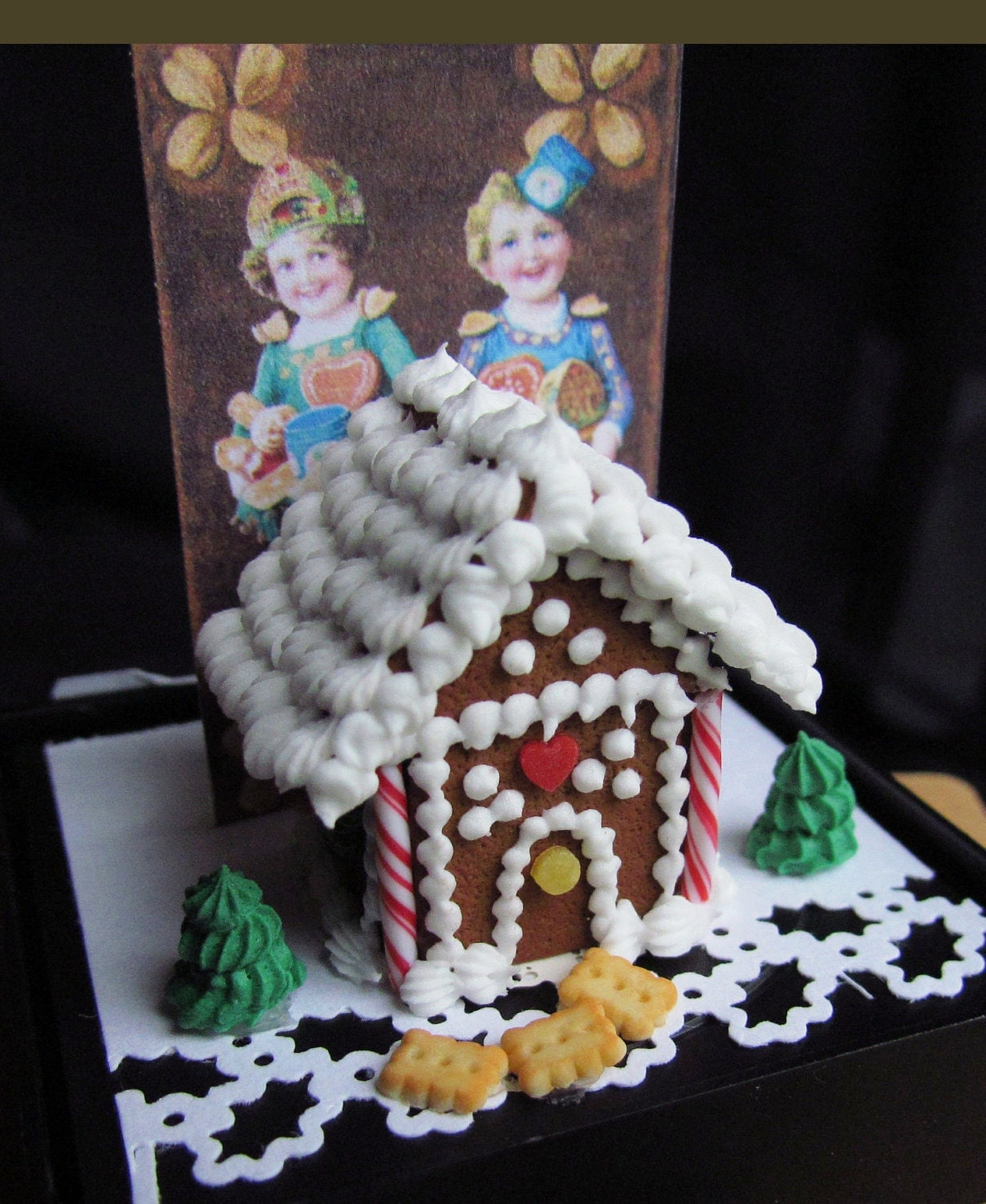 CDHM Artisan Betsy Niederer Miniatures, IGMA Fellow, 1:12 scale Gingerbread Christmas House for the dollhouse miniature collector