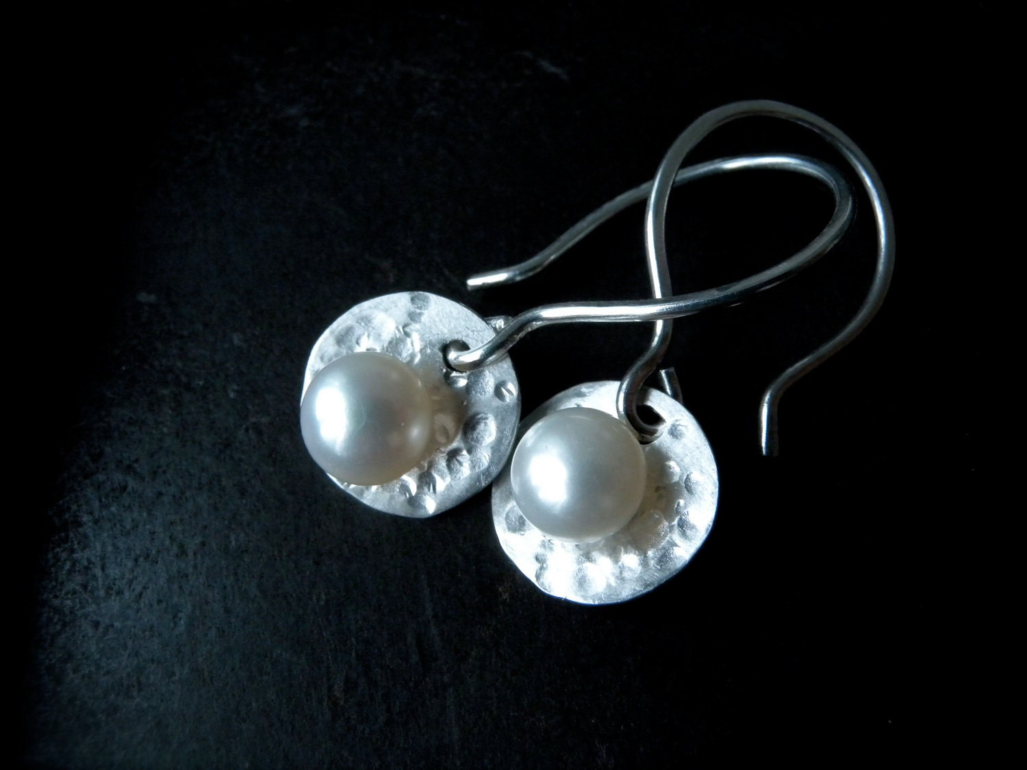 Pearl Silver Dangle Earrings Hammered Sterling by ChristianJessie from etsy.com