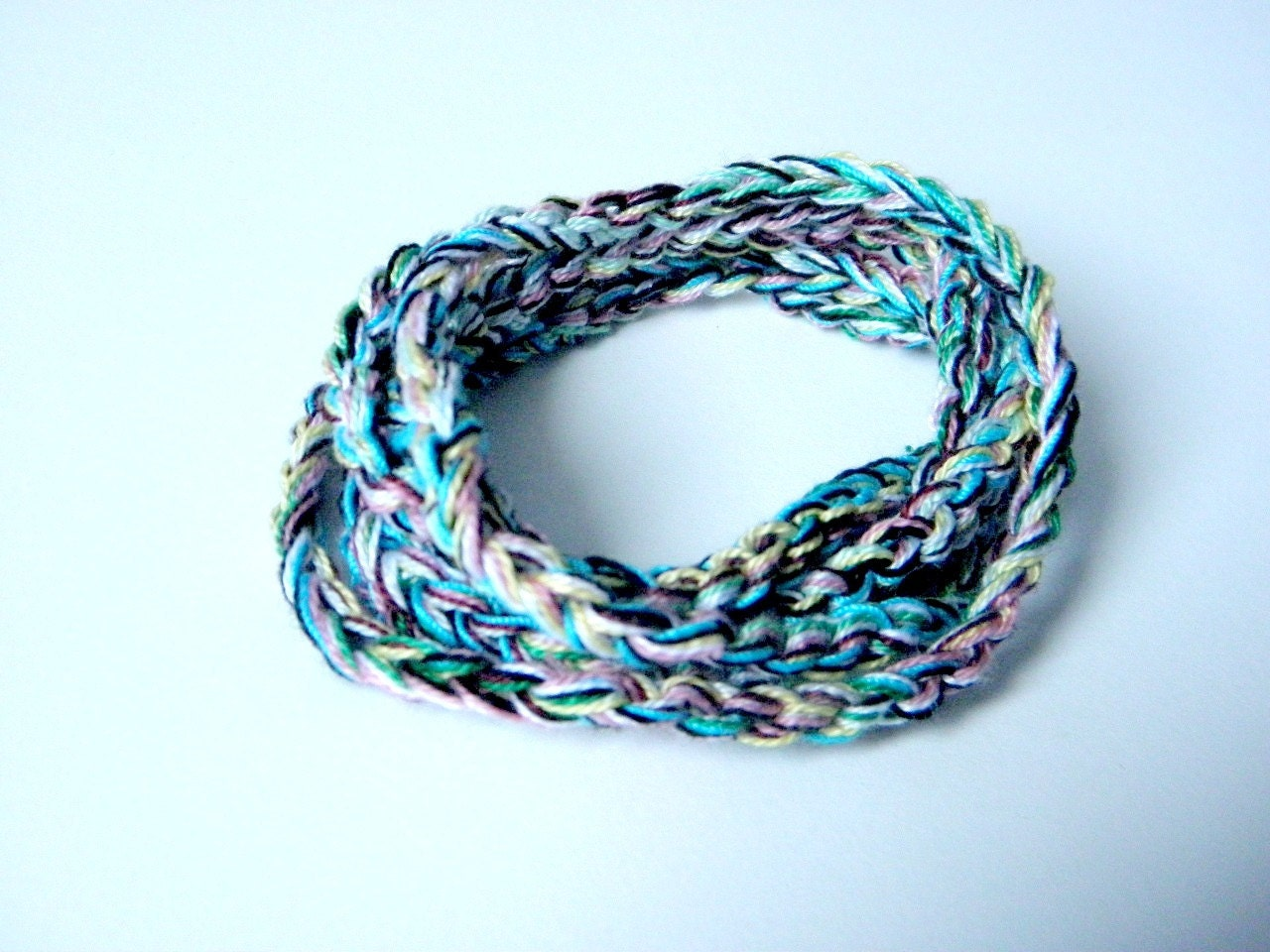 Crochet bracelet made of multicolor cotton