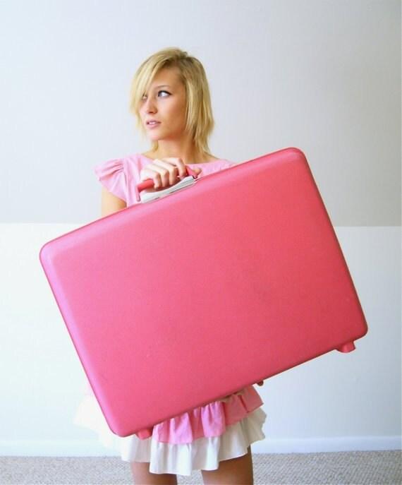 Hot Pink Vintage Samsonite Suitcase - HausofPossum