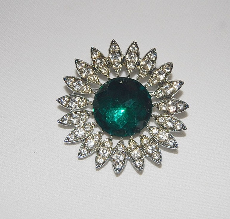 Black Friday - Cyber Monday - Sarah Coventry, Vintage Brooch, Silver-tone with Faceted Emerald Green Rhinestone Center - called Kathleen