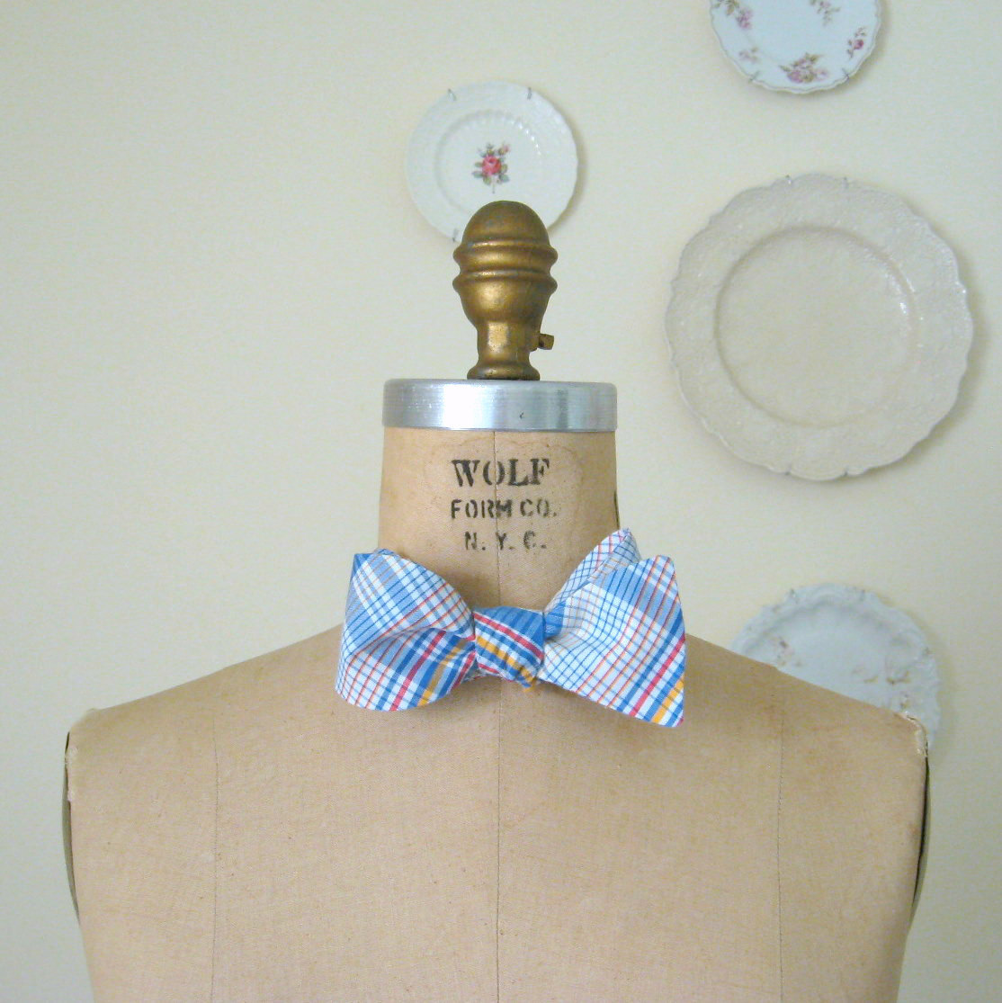 SALE - gentleman bow tie - made with vintage plaid fabric
