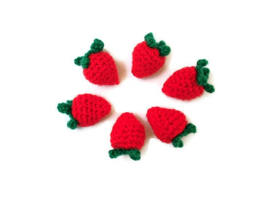 Strawberries  Pretend / play food / fruit. Playtime. washable, eco friendly. - JaminaRose