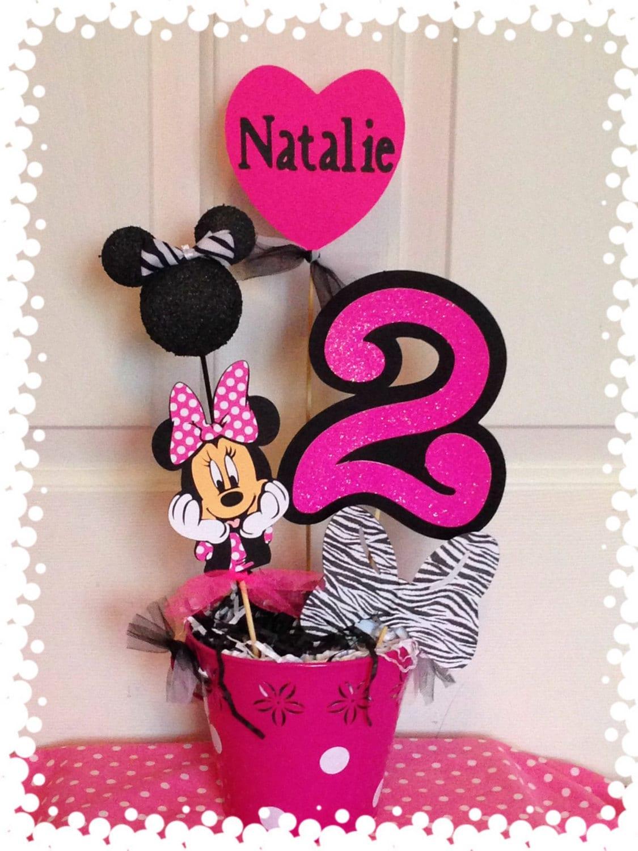 Nombres en foami con Minnie Mouse - Imagui