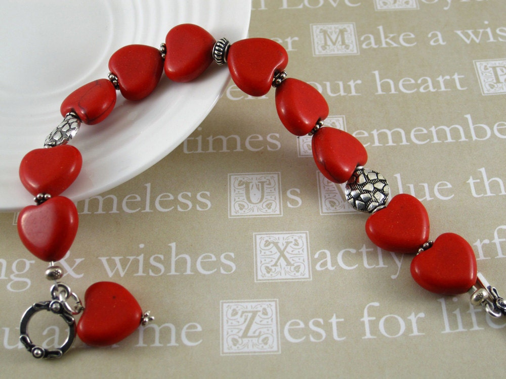 Red Coral Heart shape bracelet - Free Shipping - Chloe - tresorbox