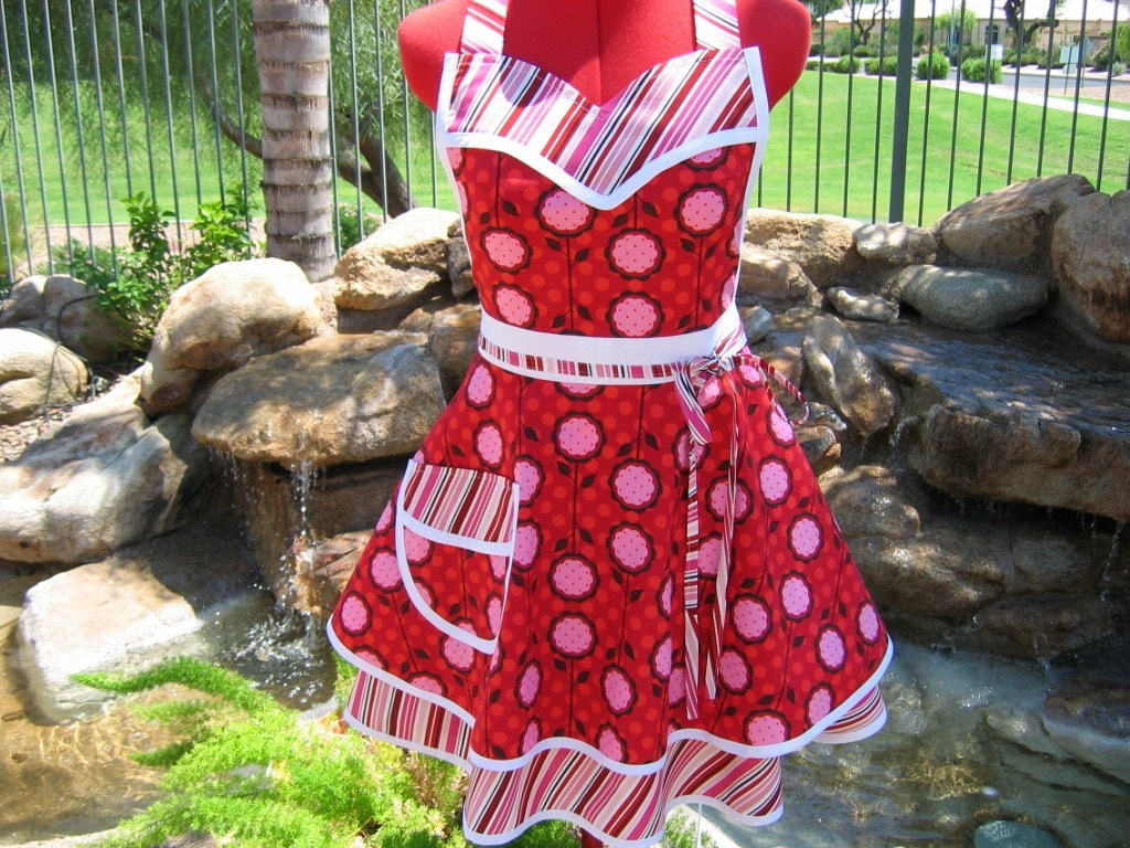 Retro Apron - Sweetheart  - Full - Womens - Sassy Scarlet Chic Apron - Andalucia Mod Blooms - sassyapron