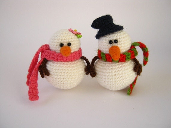 Snowmen- set of 2- Christmas ornament (Made to Order)
