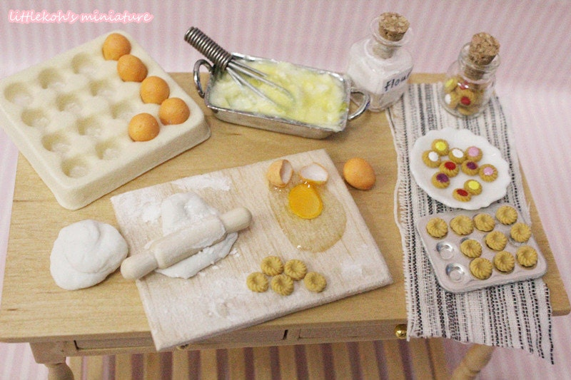 Dollhouse Miniature  Cookie preparation table : 1/12  doll size food - littlekoh