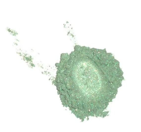 Venus Seafoam Green Mineral Loose Powder Eye Shadow - MadeByMandikins