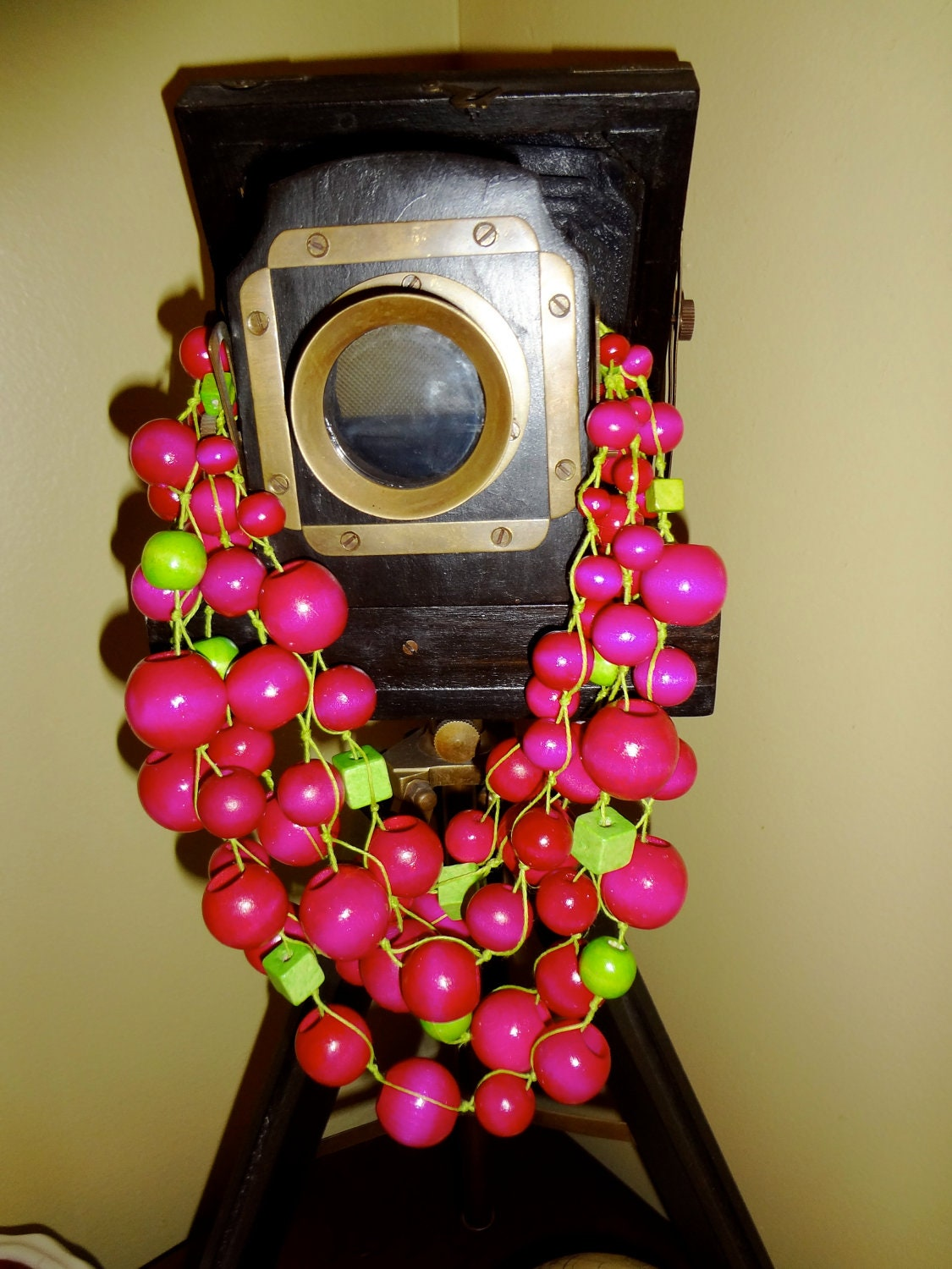 Handmade Two colors statement  necklace ( pink , green, yellow, cream) - creativedesignsstore
