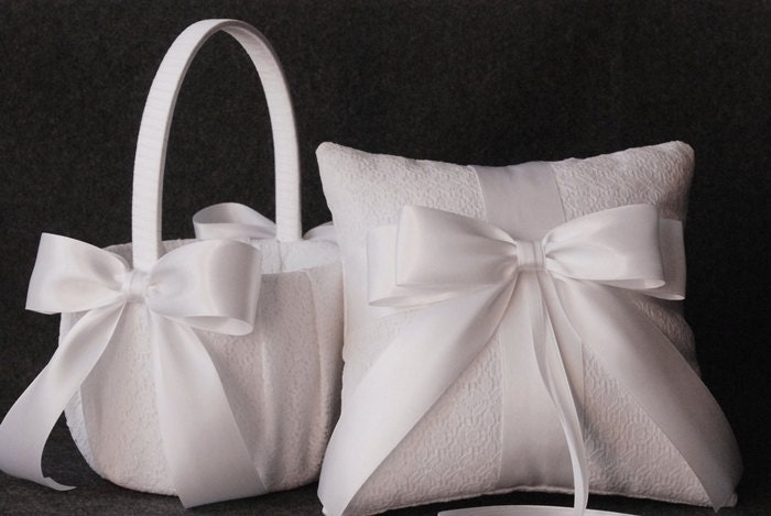 Popular items for white lace pillow on Etsy